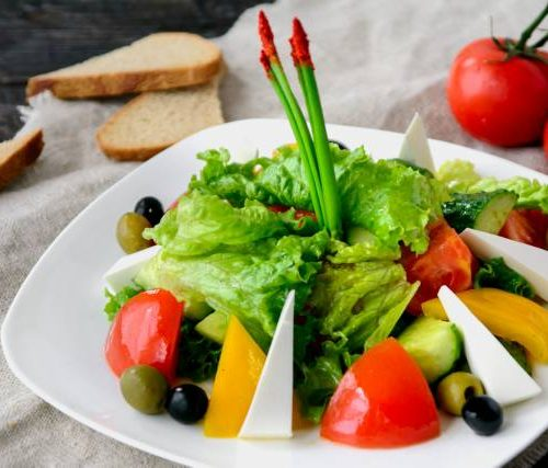 Греческий (сыр фетакса,томаты,огурцы,оливковое масло)