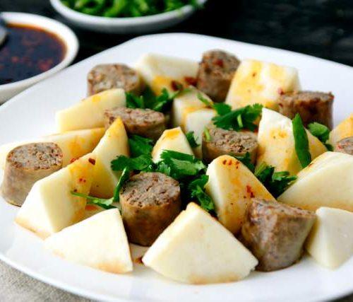 Опкя Есип (колбаса из риса,печени,мяса,специй и лёгкие в муке,яйцах,молоке,масле)